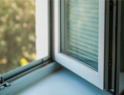 Fenêtre à ouverture classique
